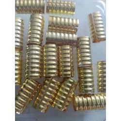 16 Metal Beads dorado Largos