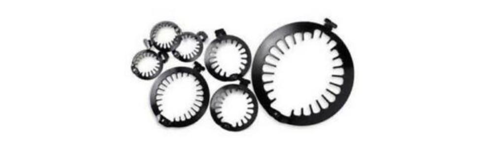 Una variedad de accesorios para el pelo afro, rizado y ondulado de peluqueria